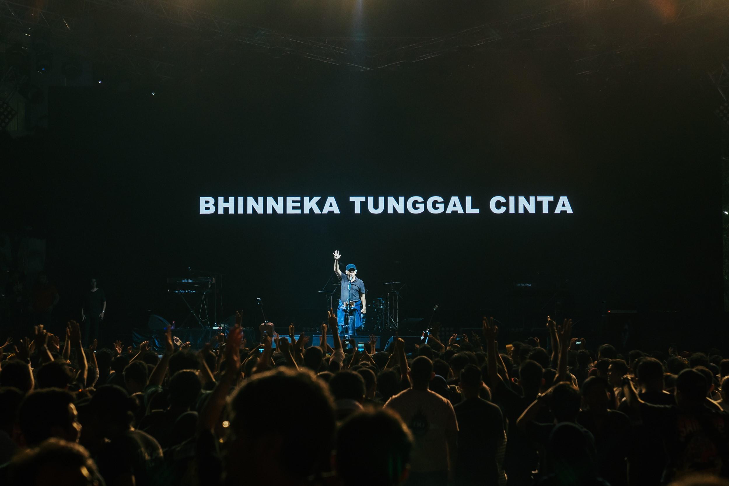 Synchronize Festival 2019: Kejutan Iwan Fals Sang Legenda Musik Indonesia Hadir Menghibur Pengunjung
